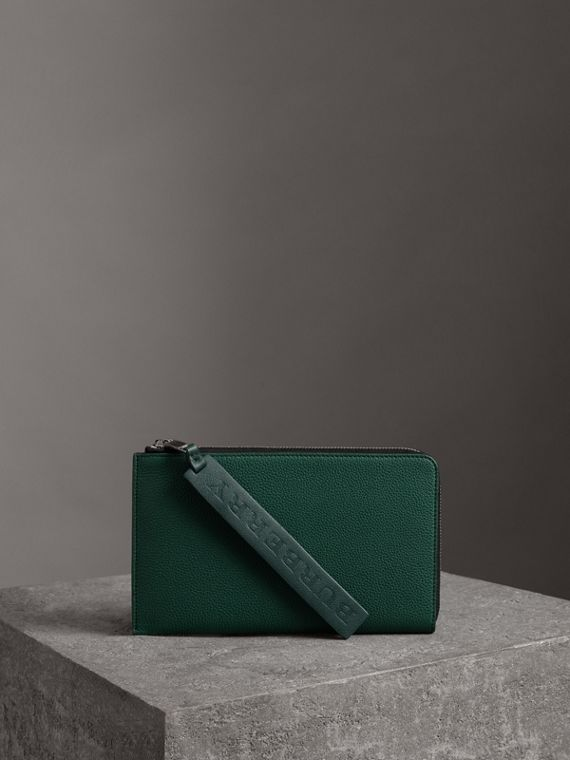 Two-tone Grainy Leather Travel Wallet in Dark Cyan