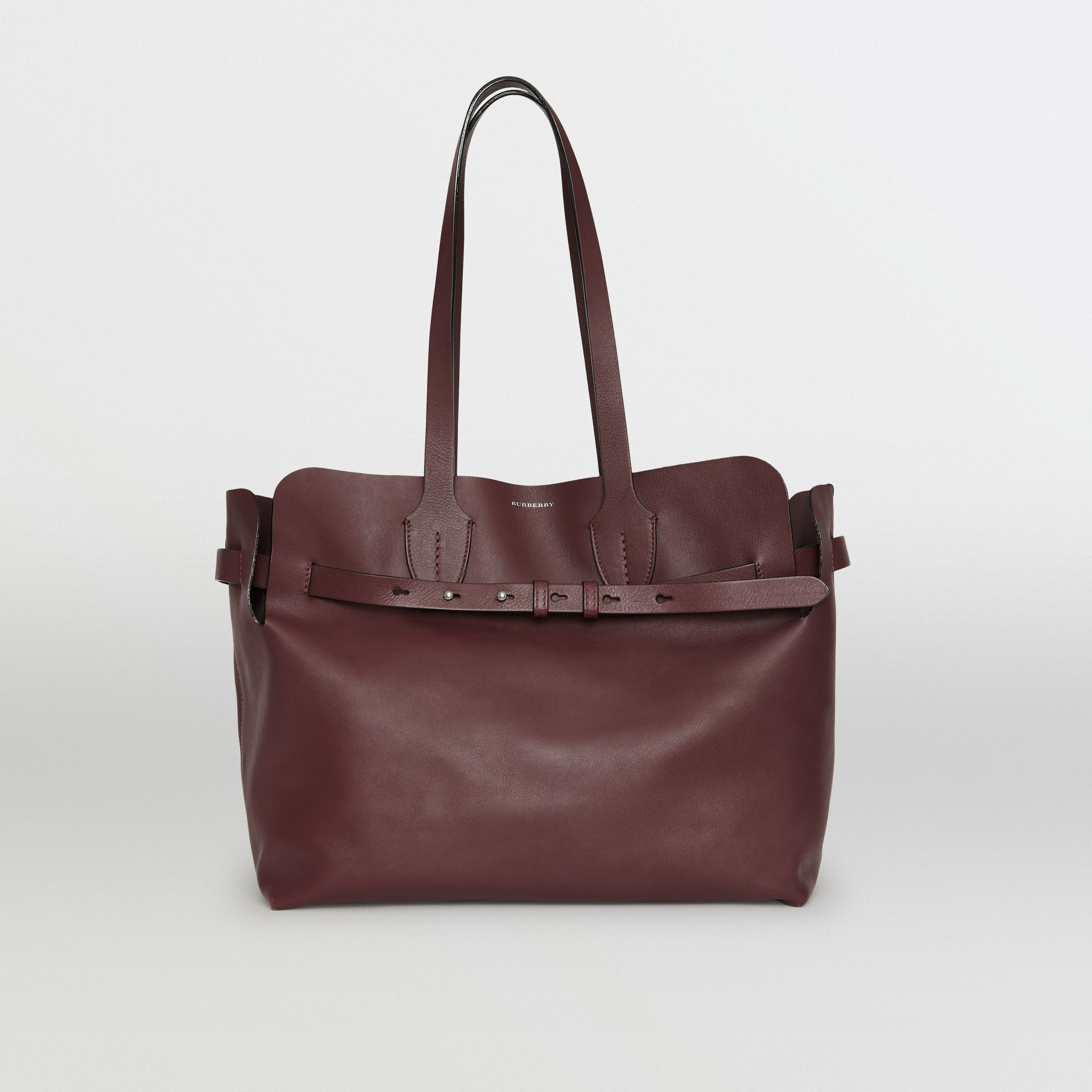Sac The Belt moyen en cuir doux (Bordeaux Intense) - Femme | Burberry - photo de la galerie 0