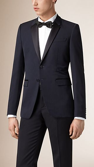 Satin Lapel Virgin Wool Tuxedo Jacket