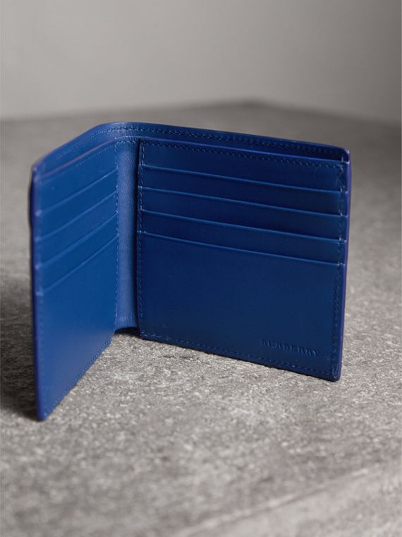 London Leather International Bifold Wallet in Deep Blue | Burberry United Kingdom - cell image 3