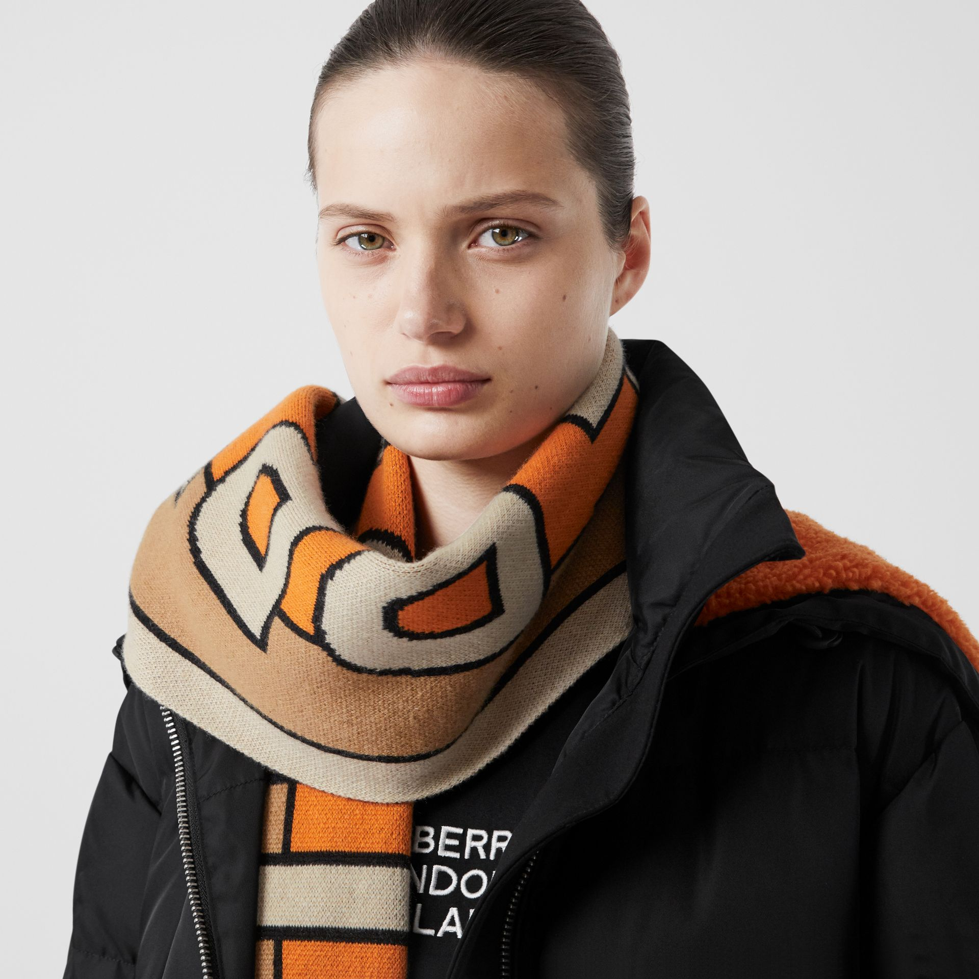 Logo Cashmere Jacquard Scarf in Warm Camel | Burberry United Kingdom - gallery image 2
