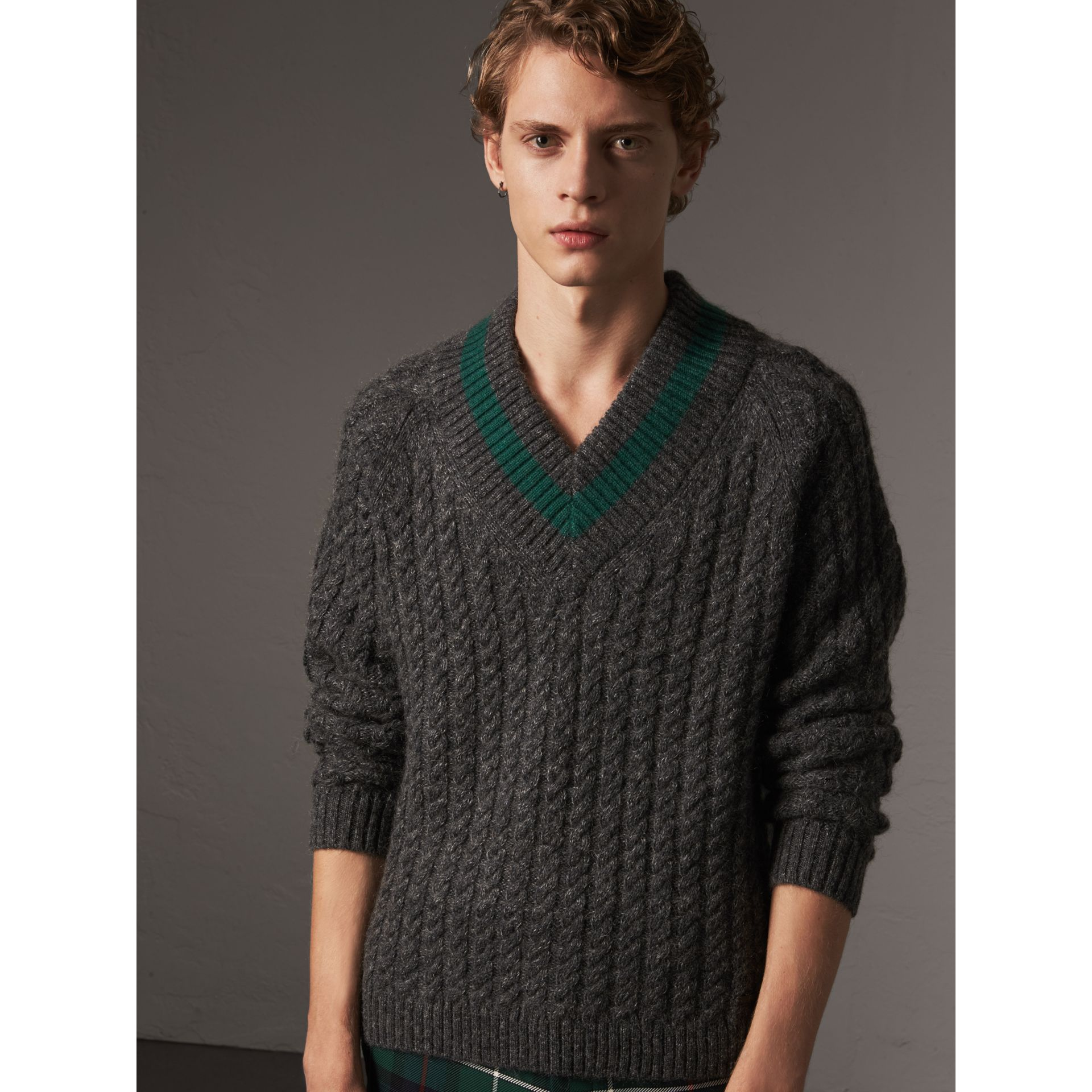 Cashmere Blend Cricket Sweater in Charcoal - Men | Burberry - gallery image 5