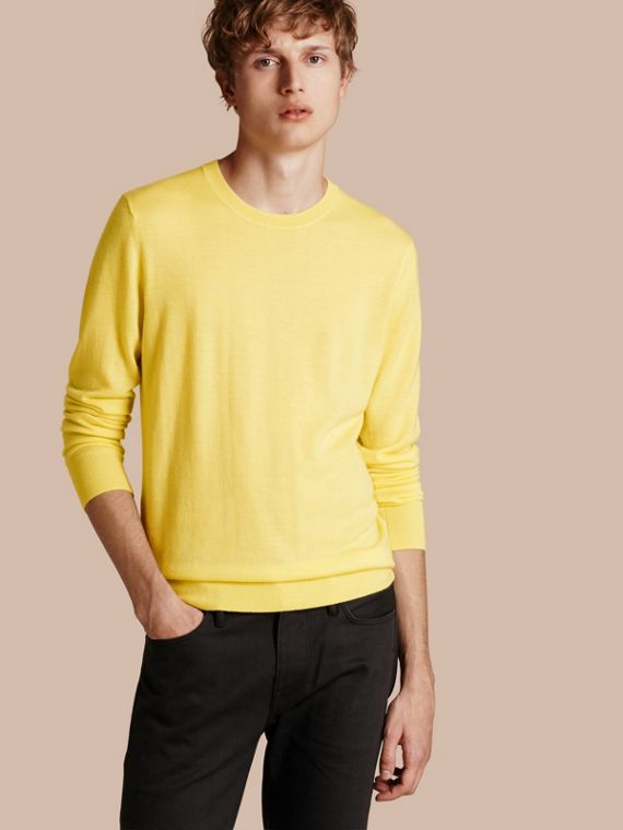 Lightweight Crew Neck Cashmere Sweater with Check Trim Pale Lemon