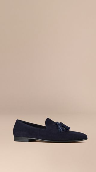 Whole-cut Suede Tassel Loafers