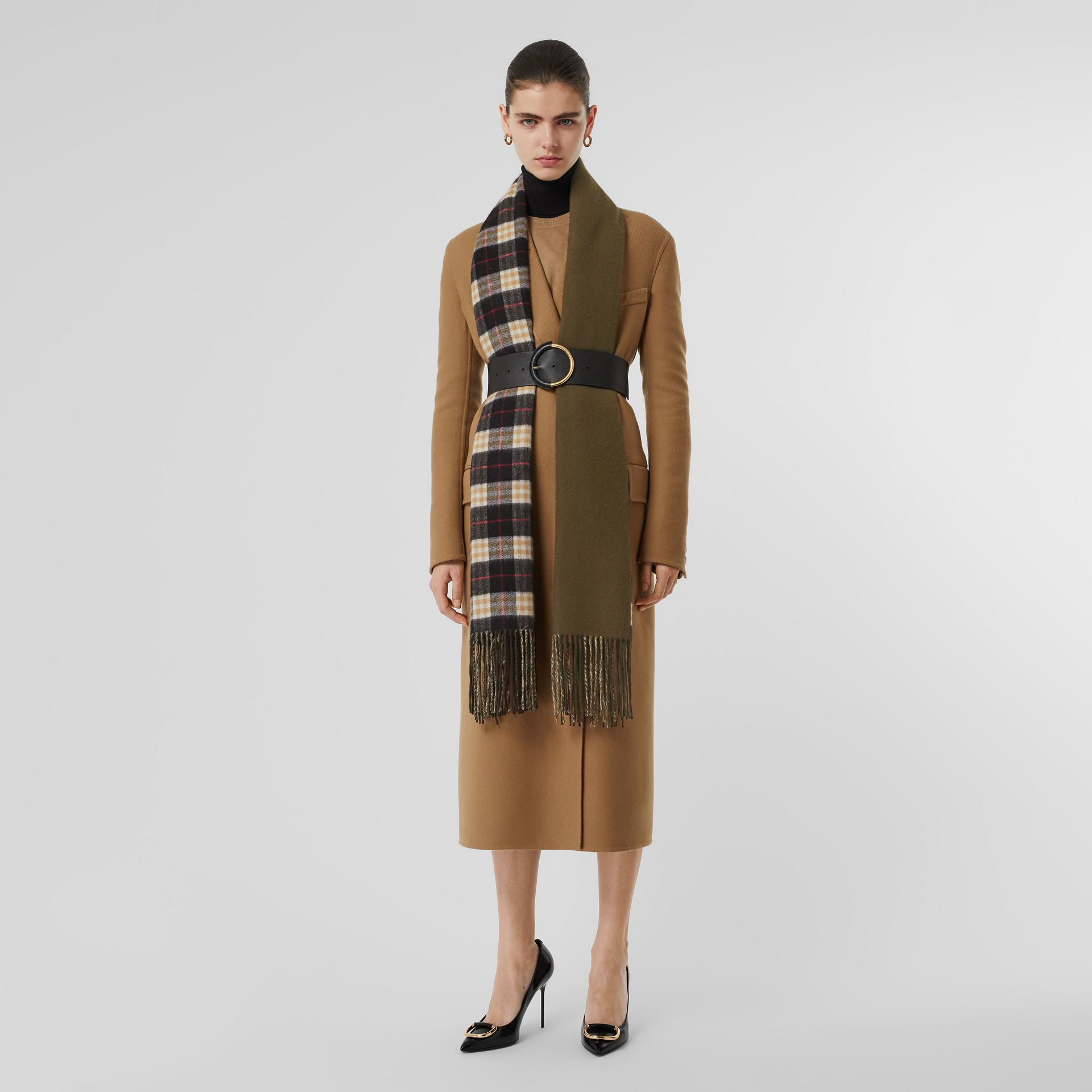 Colour Block Vintage Check Cashmere Scarf in Antique Green | Burberry Australia - gallery image 5