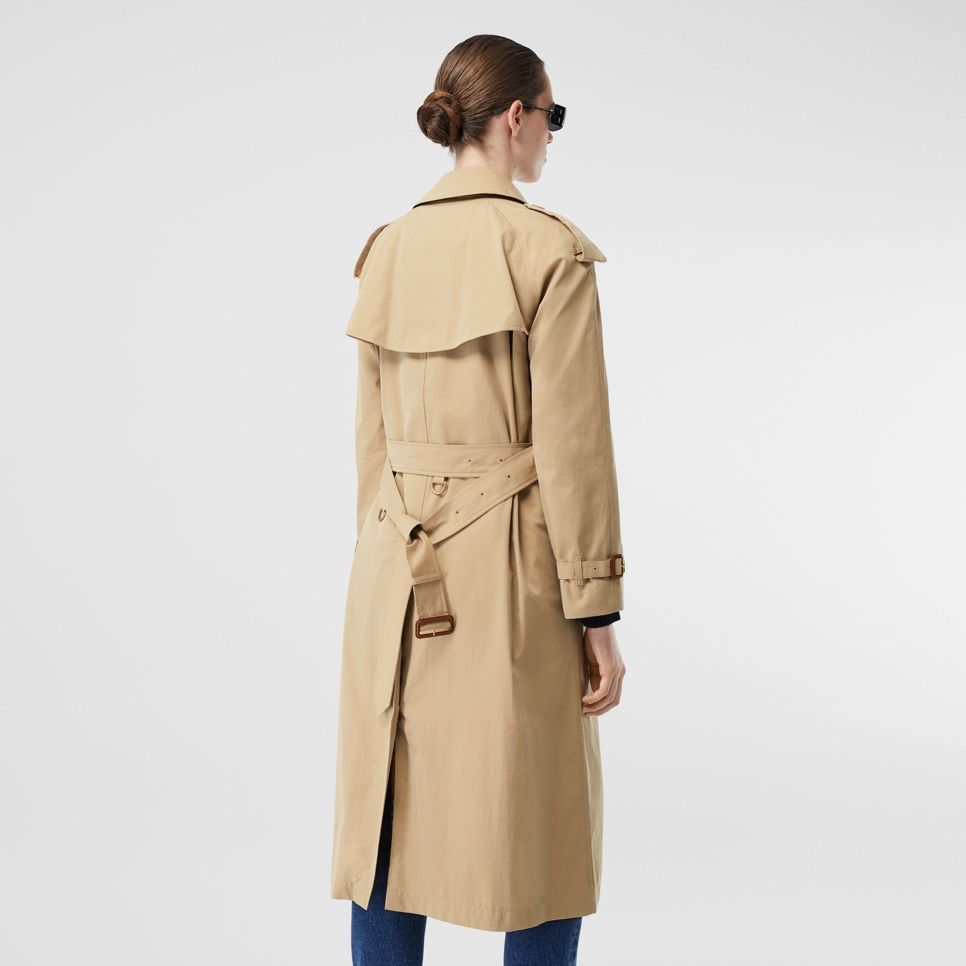 The Long Westminster Heritage Trench Coat in Honey - Women | Burberry Hong Kong S.A.R. - gallery image 6