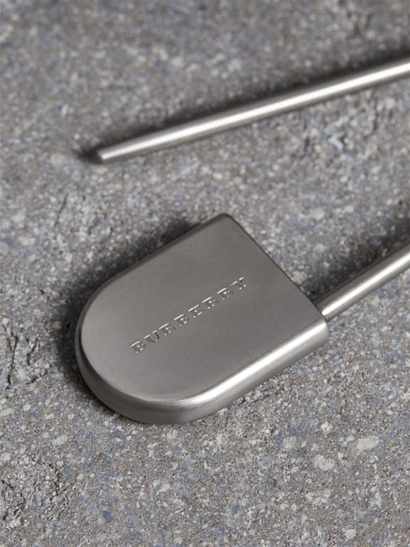 Brass Kilt Pin Key Charm in Natural Silver | Burberry Singapore - cell image 1