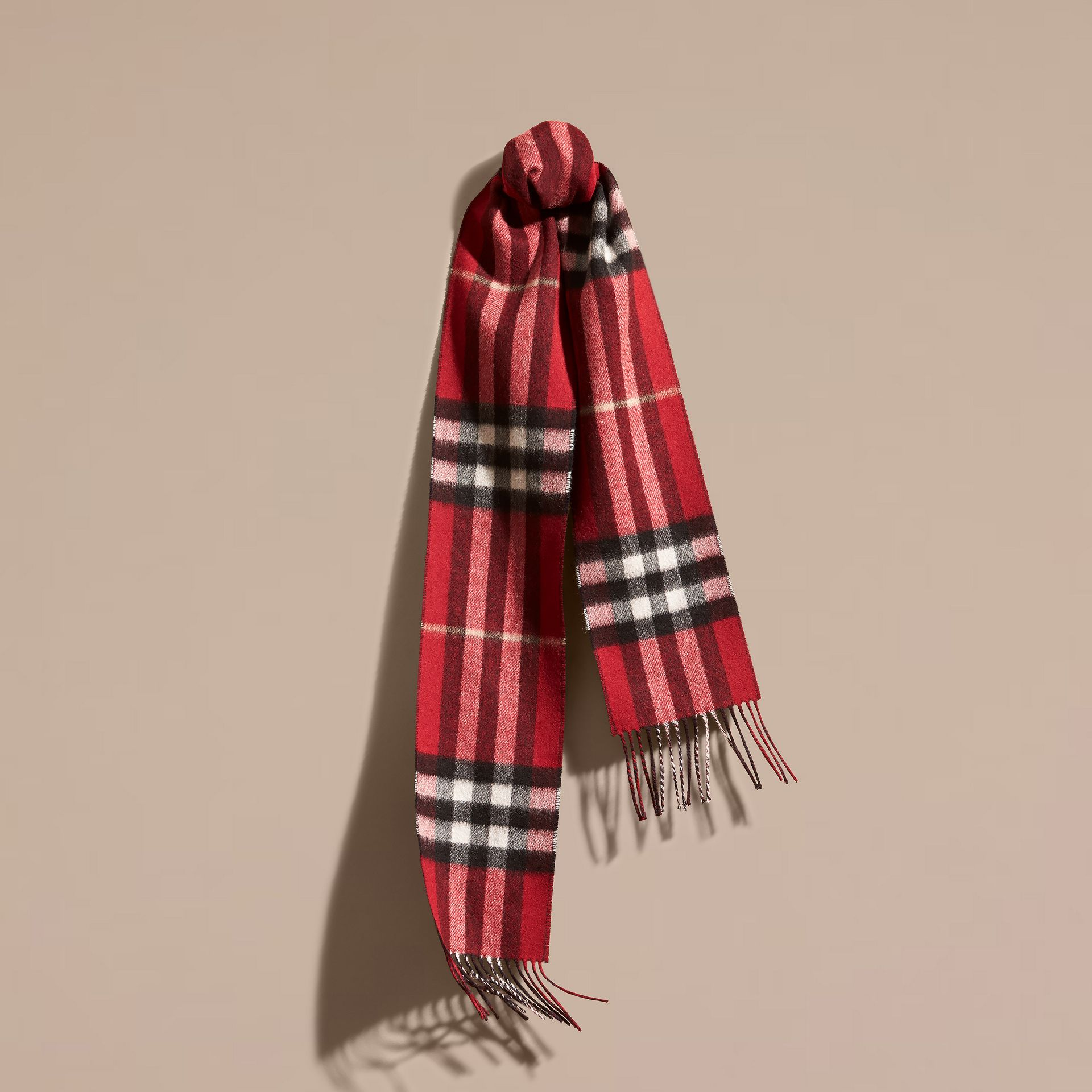 Parade red/navy The Slim Reversible Cashmere Scarf in Check Parade Red/navy - gallery image 1
