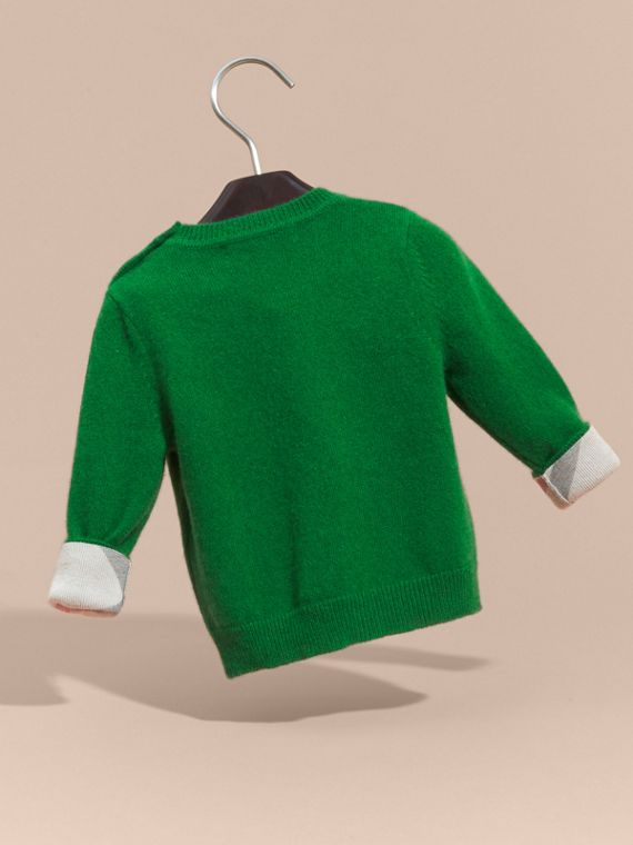 Check Detail Cashmere Sweater in Bright Pigment Green - cell image 3