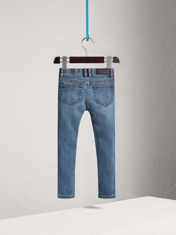 Jean skinny en denim extensible (Indigo Moyen) - Fille | Burberry - cell image 3