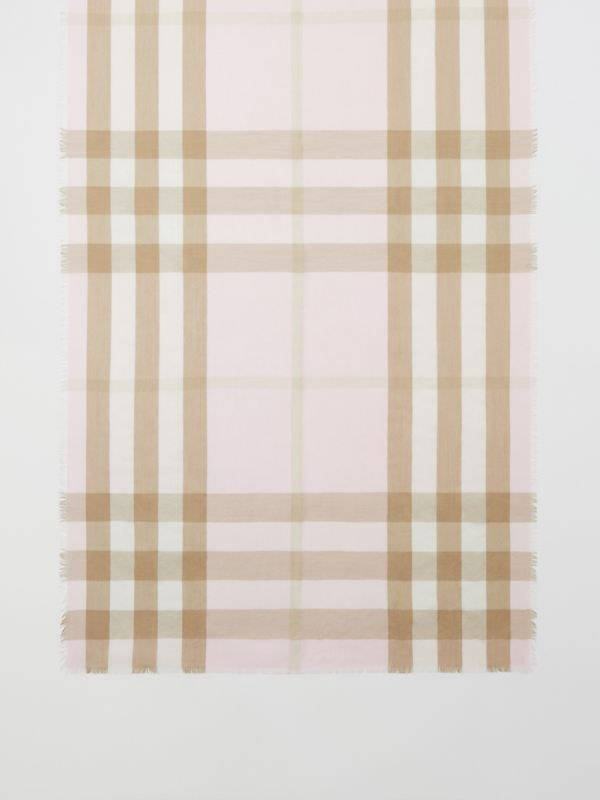 Lightweight Check Cashmere Scarf in Alabaster | Burberry - cell image 2