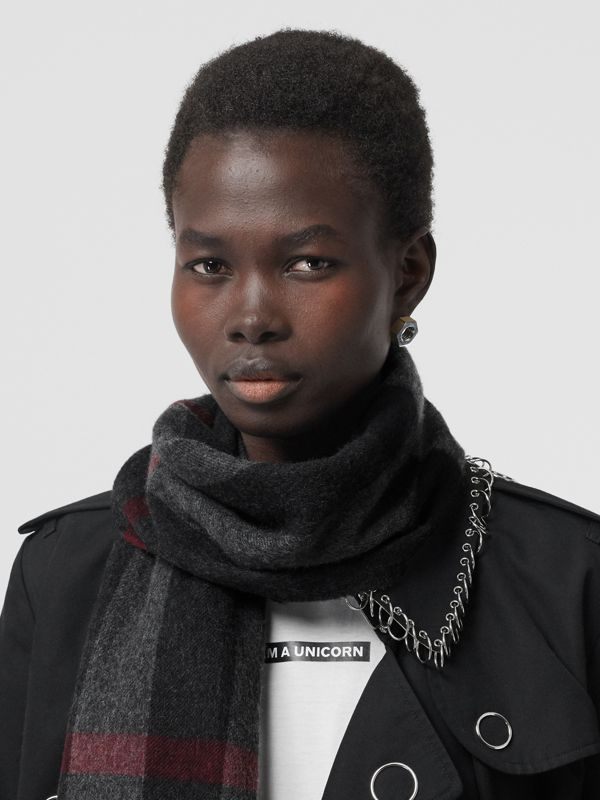 Check Cashmere Scarf in Charcoal | Burberry - cell image 2