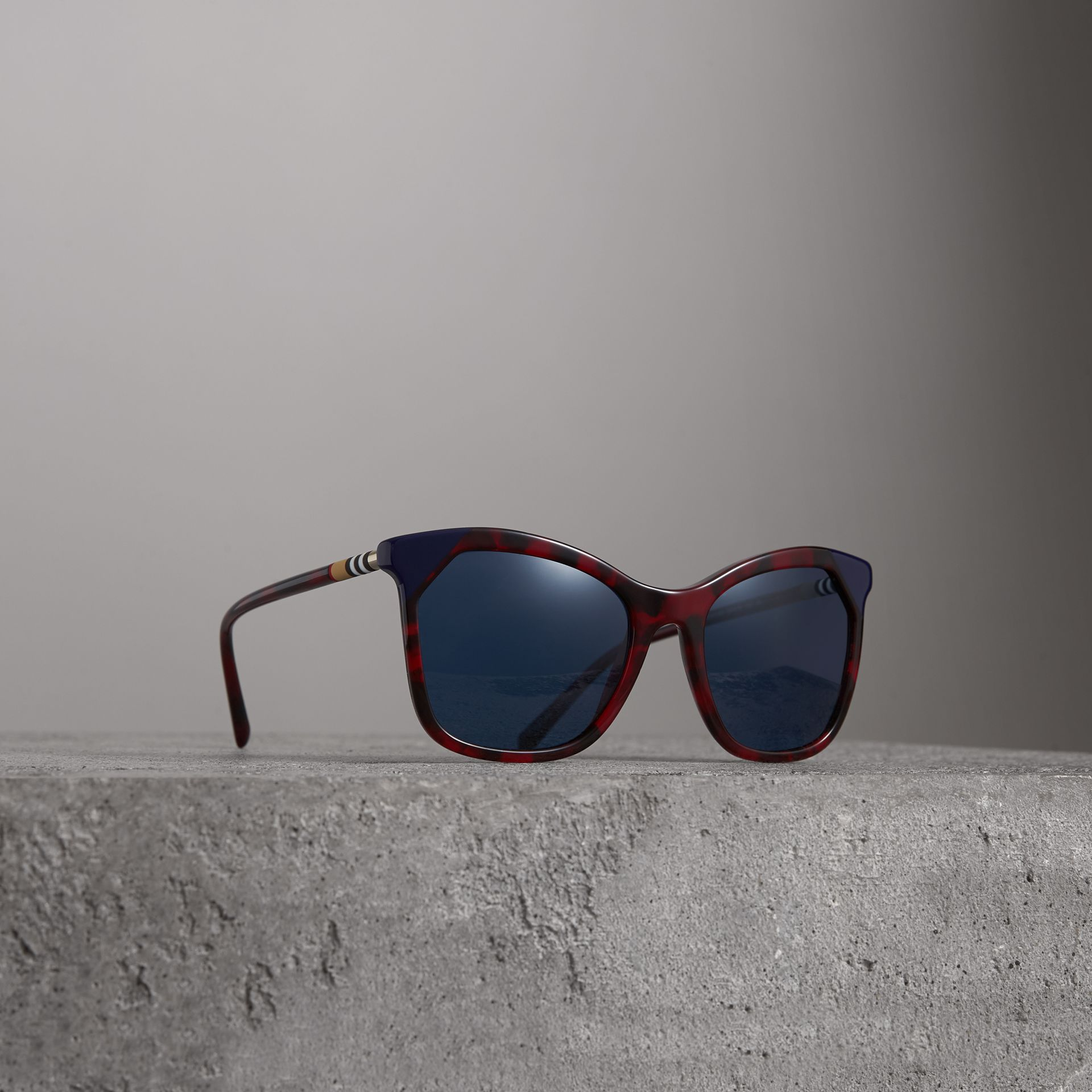 Marble-effect Square Frame Sunglasses in Red | Burberry - gallery image 0
