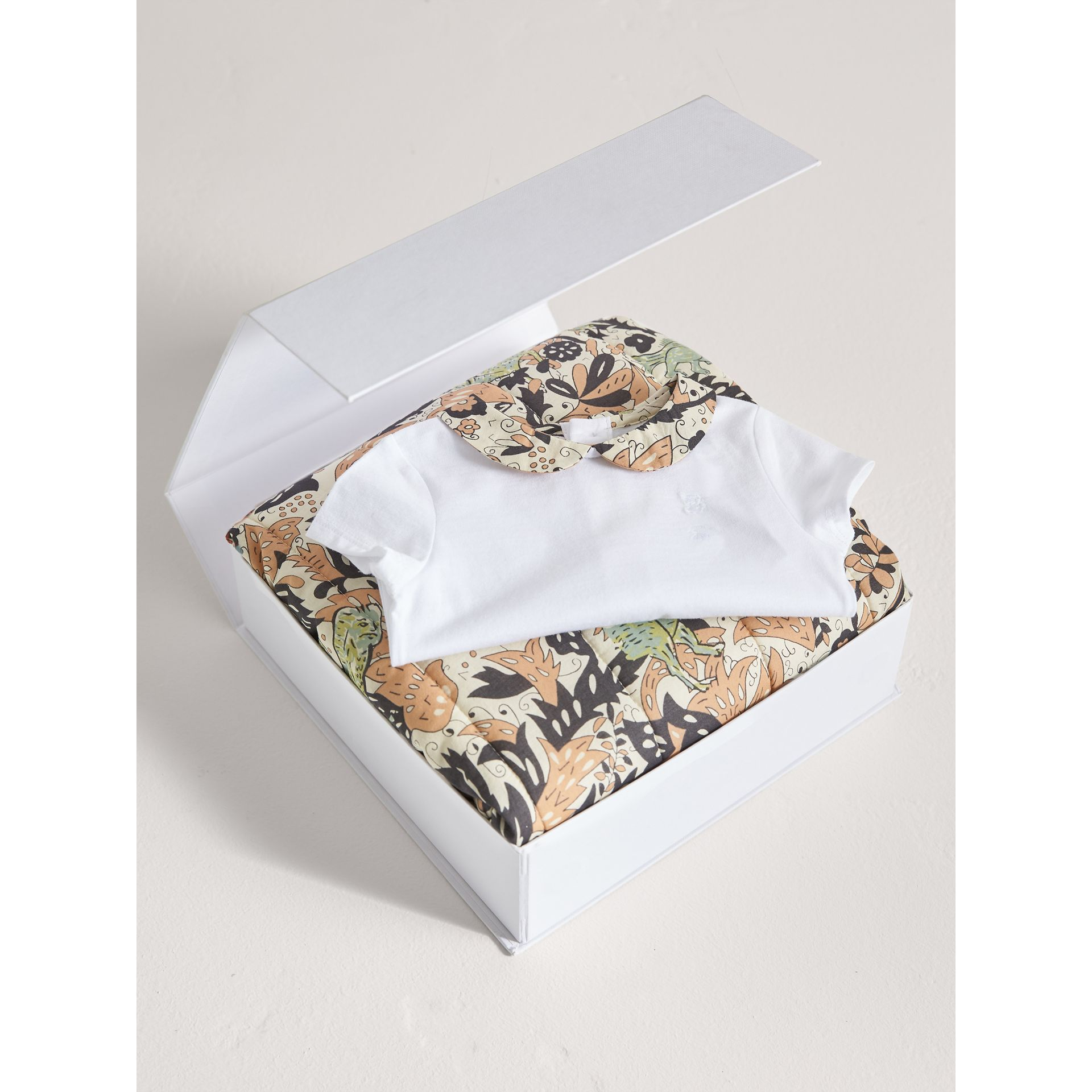 Beasts Print Cotton Two-piece Baby Gift Set in White | Burberry - gallery image 4