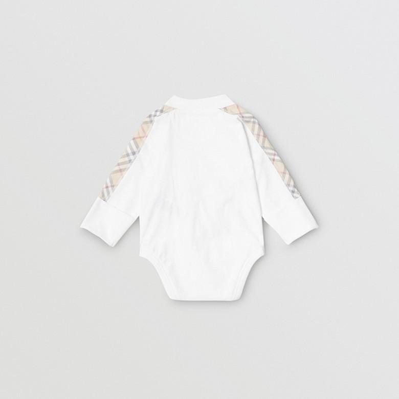 Burberry - Coffret cadeau trois pièces en coton check pour bébé - 4