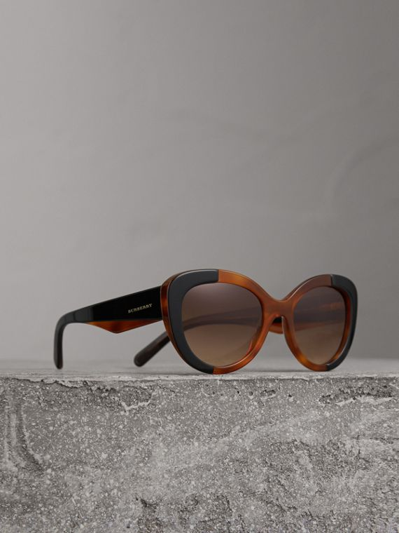 Round Frame Sunglasses in Light Brown
