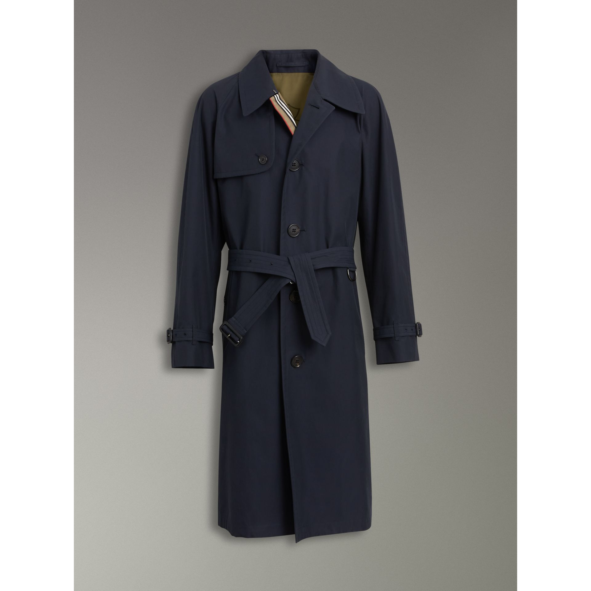 Icon Stripe Cotton Gabardine Trench Coat in Navy - Men | Burberry - gallery image 3