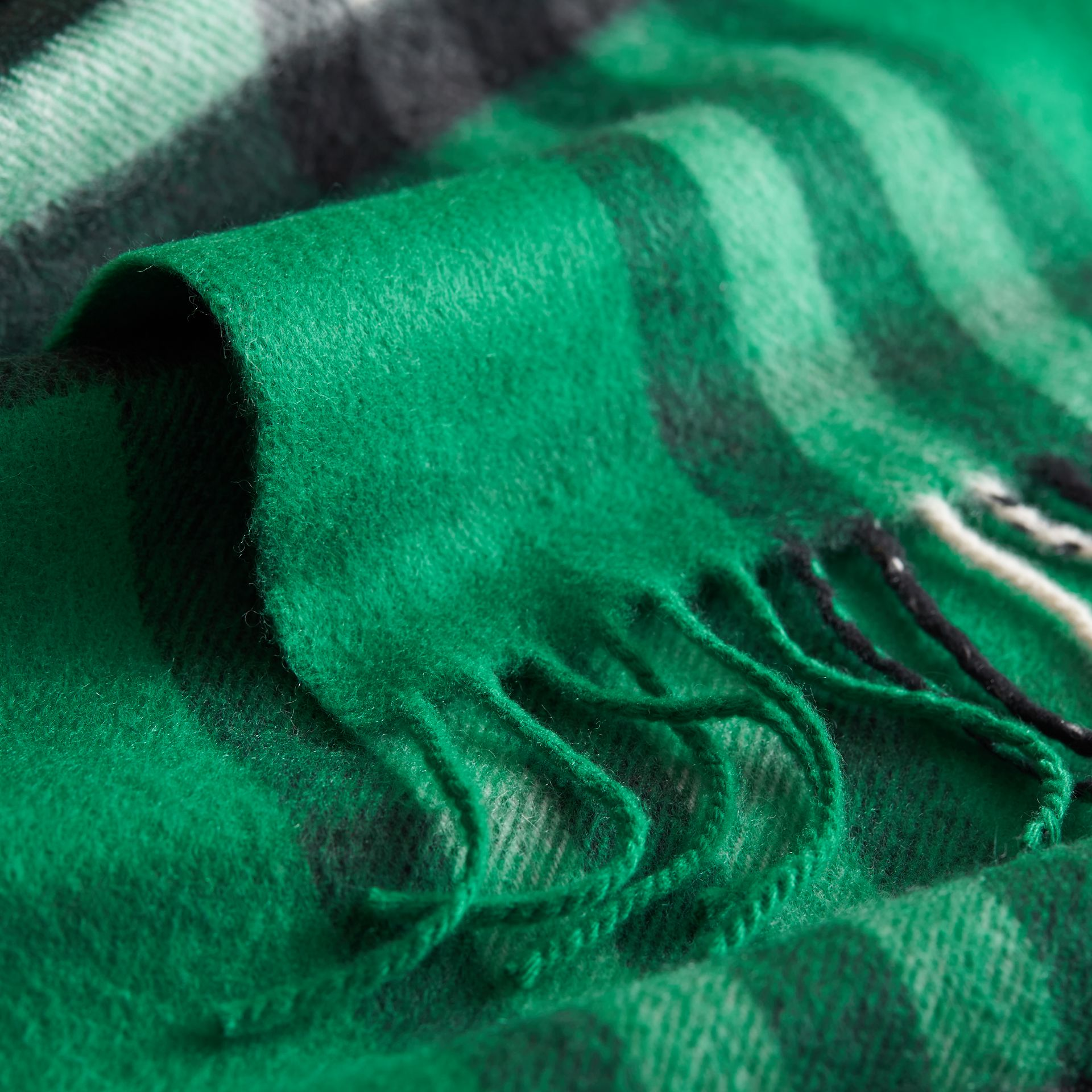 The Mini Classic Check Cashmere Scarf in Emerald | Burberry Australia - gallery image 2