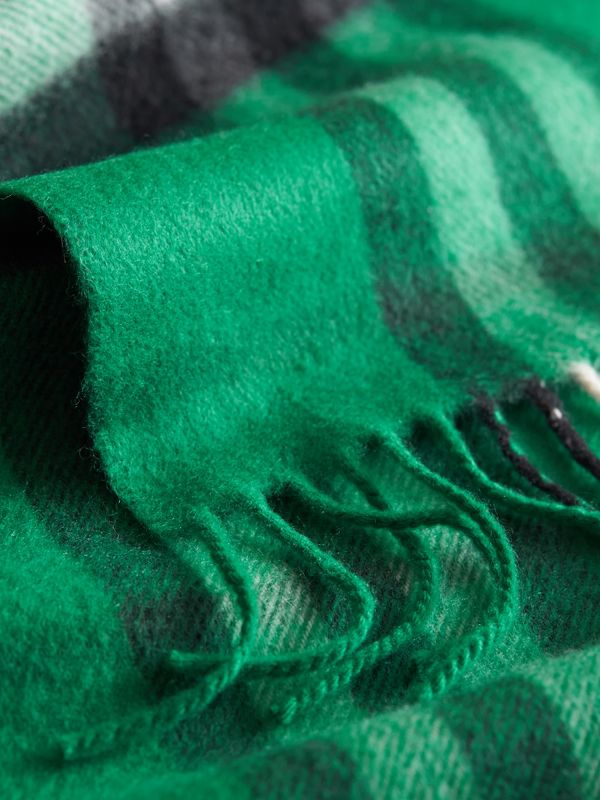 The Mini Classic Check Cashmere Scarf in Emerald   Burberry United States - cell image 2