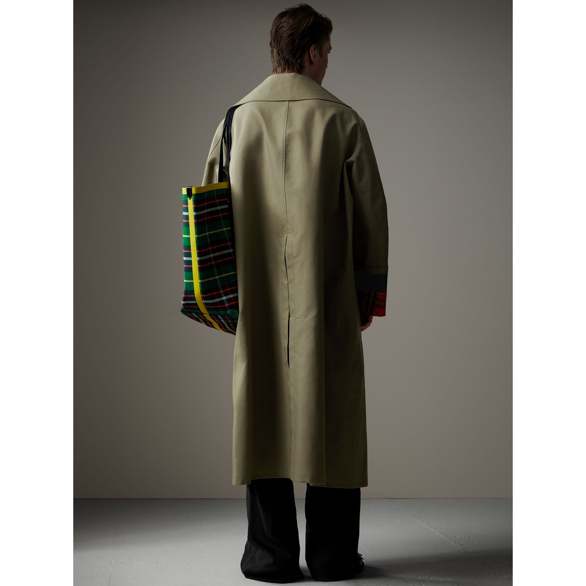 Bonded Cotton Oversized Seam-sealed Car Coat in Pale Olive/bright Red - Men | Burberry - gallery image 2