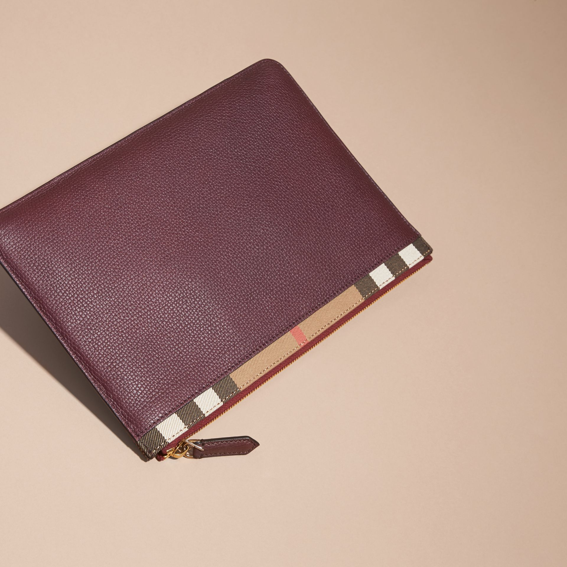 Zipped Grainy Leather and House Check Pouch Wine - gallery image 5