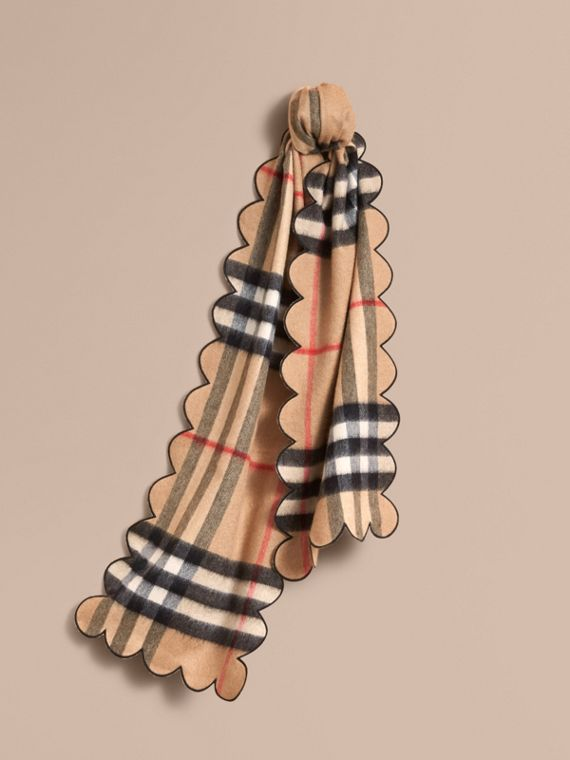 Scalloped Check Cashmere Scarf in Camel