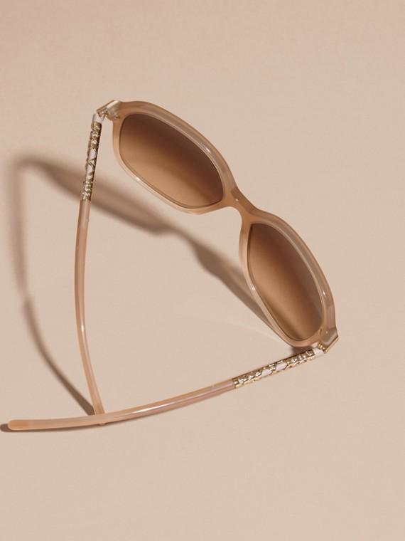 Chino grey Check Detail Round Frame Sunglasses Chino Grey - cell image 3