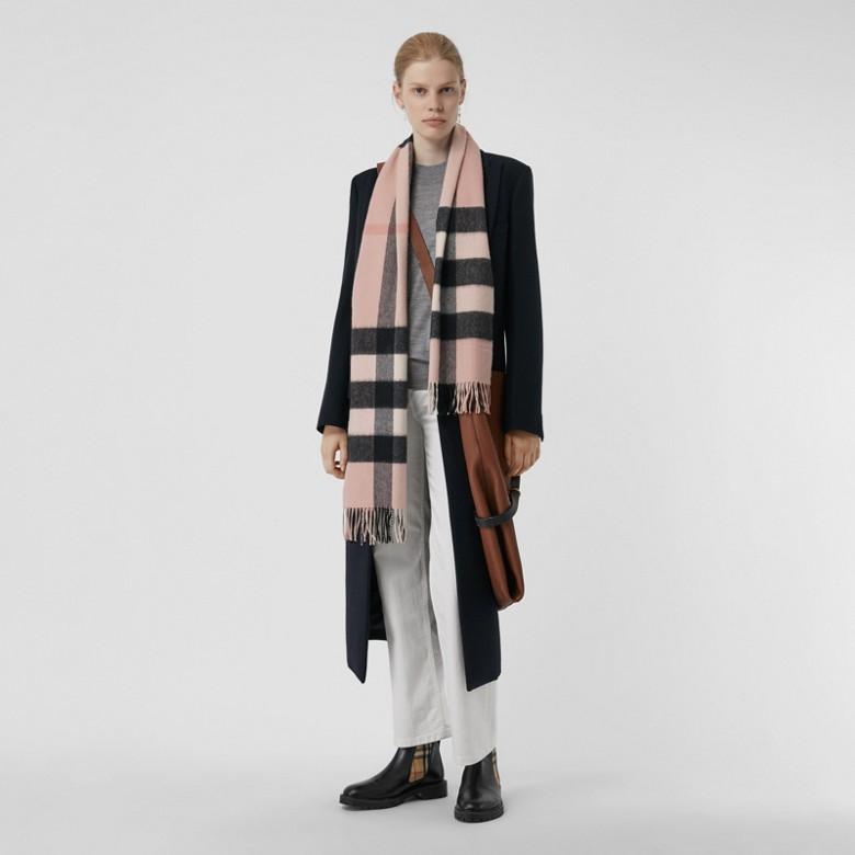 Burberry - Grande écharpe classique en cachemire à motif check - 3