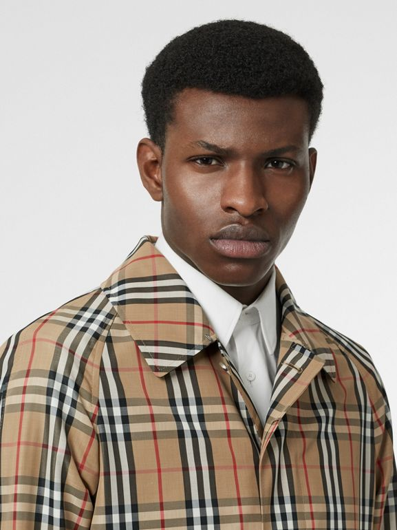 Vintage Check Car Coat in Archive Beige - Men | Burberry Hong Kong - cell image 1