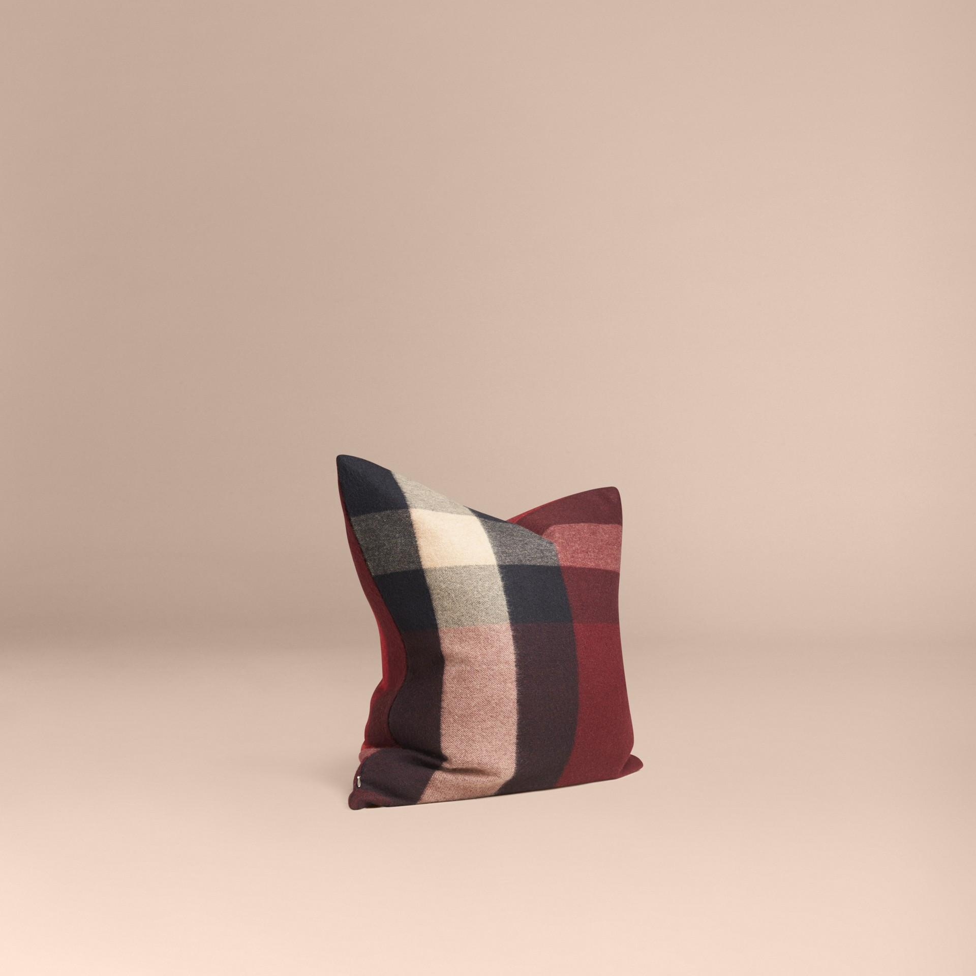 Rosso violetto Copricuscino in cashmere con motivo check Rosso Violetto - immagine della galleria 1