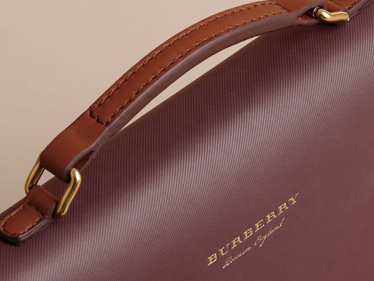 The DK88 Document Case Wine - cell image 1