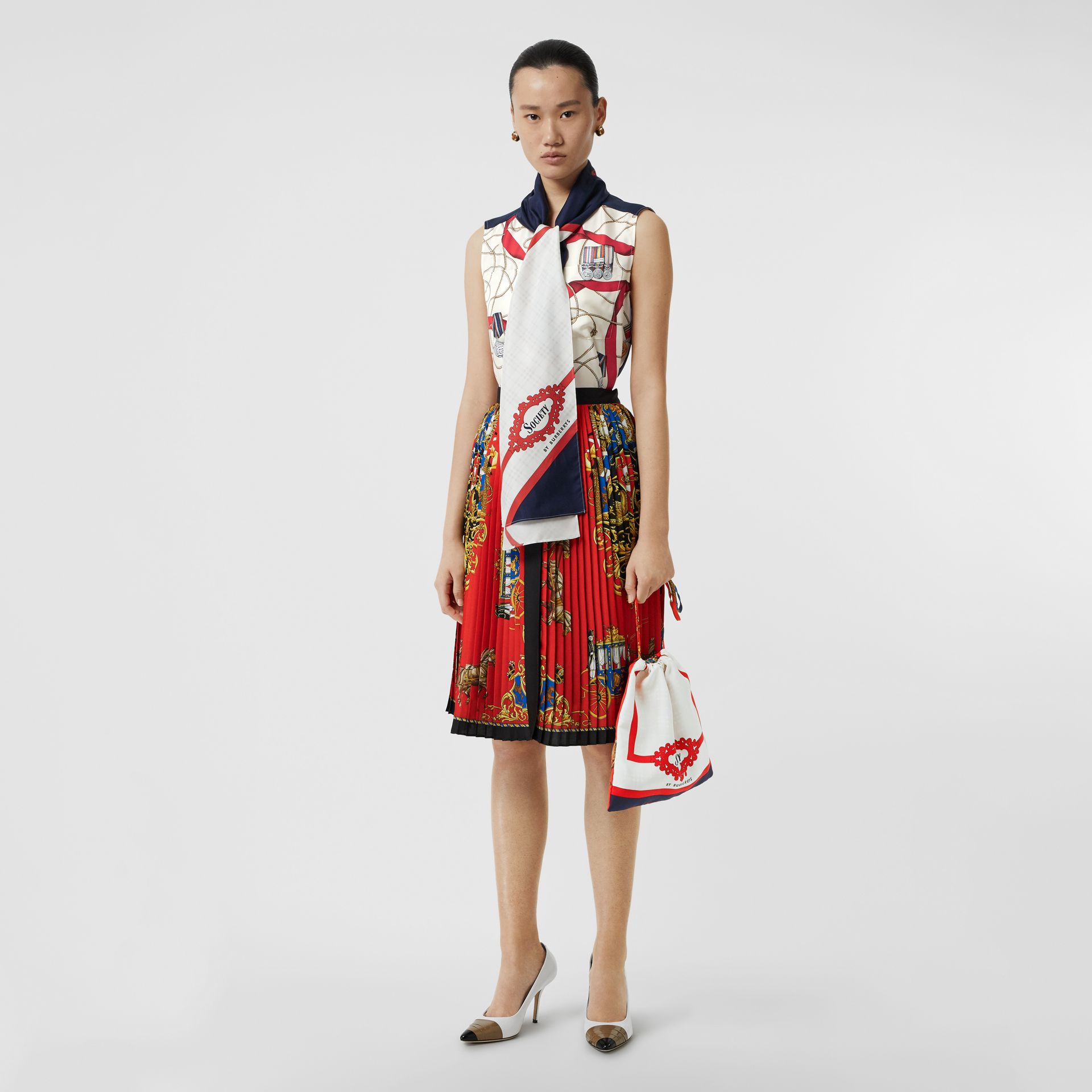 Archive Scarf Print Silk Pouch in Bright Red/navy - Women | Burberry - gallery image 2