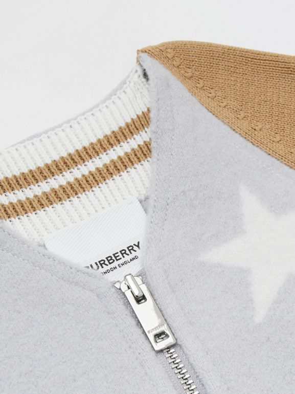 Star Motif Contrast Knitted Sleeve Merino Wool Jacket in Light Grey Melange - Children | Burberry United Kingdom - cell image 1