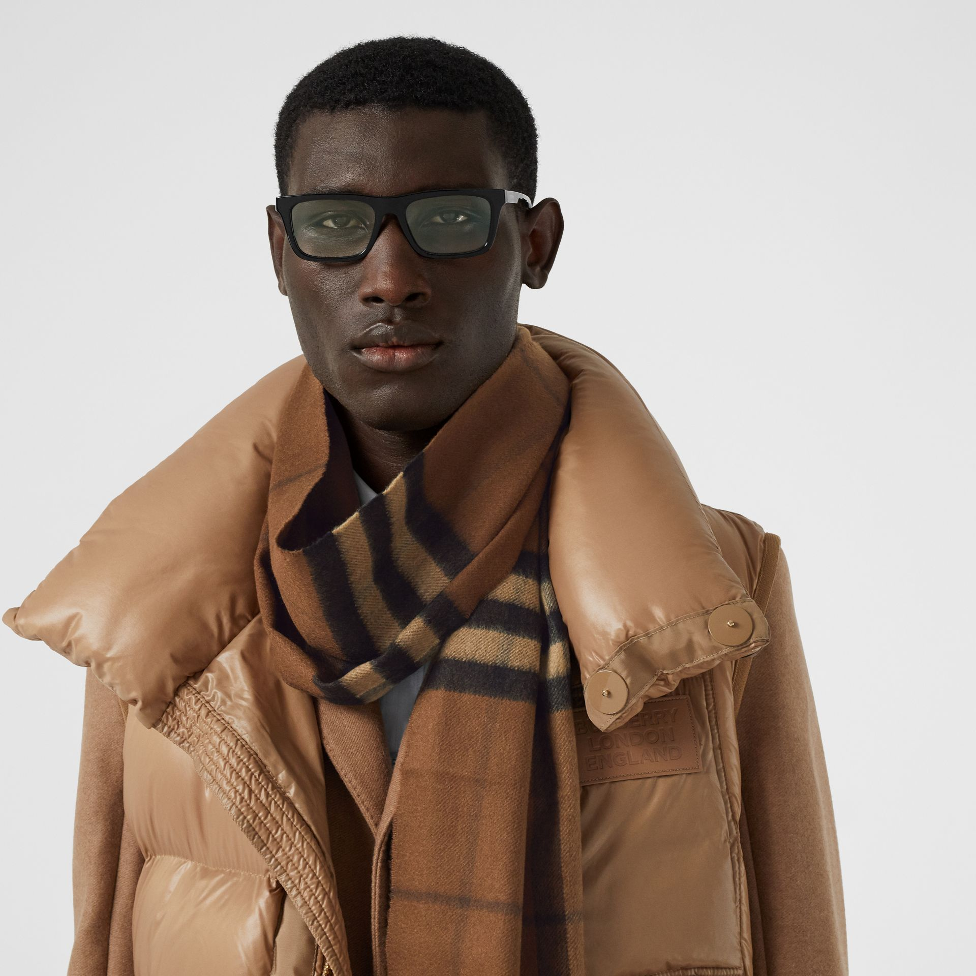 The Classic Check Cashmere Scarf in Bridle Brown | Burberry Canada - gallery image 3