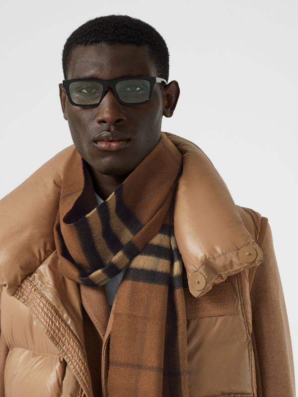 The Classic Check Cashmere Scarf in Bridle Brown | Burberry Canada - cell image 3