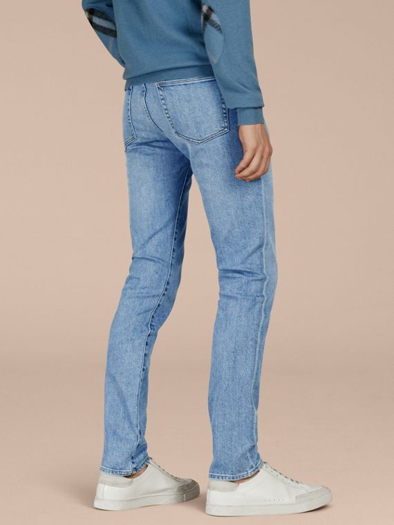 Indigo clair Jean slim stretch en denim japonais ultra-confortable - cell image 2
