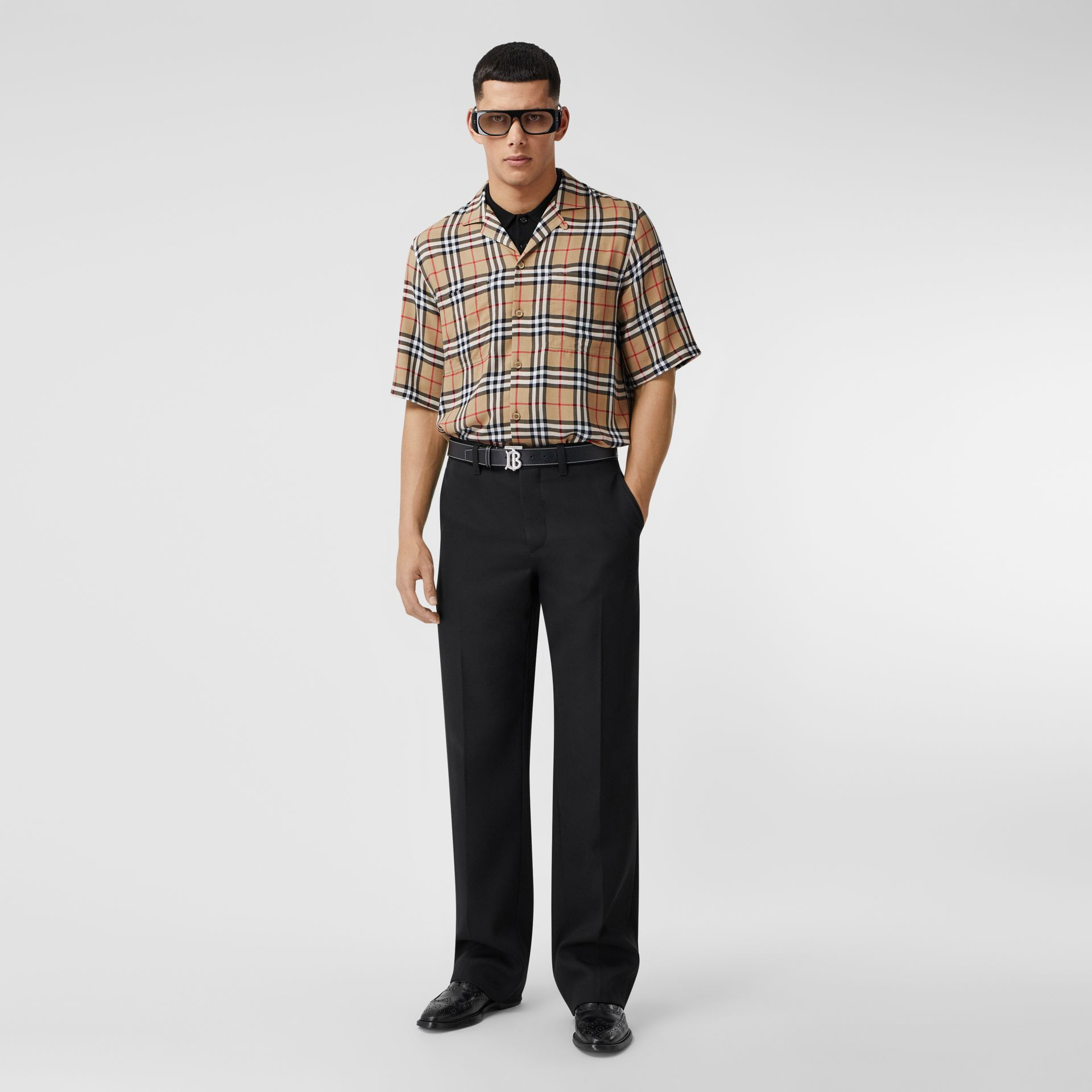 Short-sleeve Vintage Check Twill Shirt in Archive Beige - Men | Burberry - gallery image 4