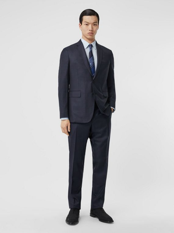 Slim Fit Wool Silk Linen Suit in Dark Navy