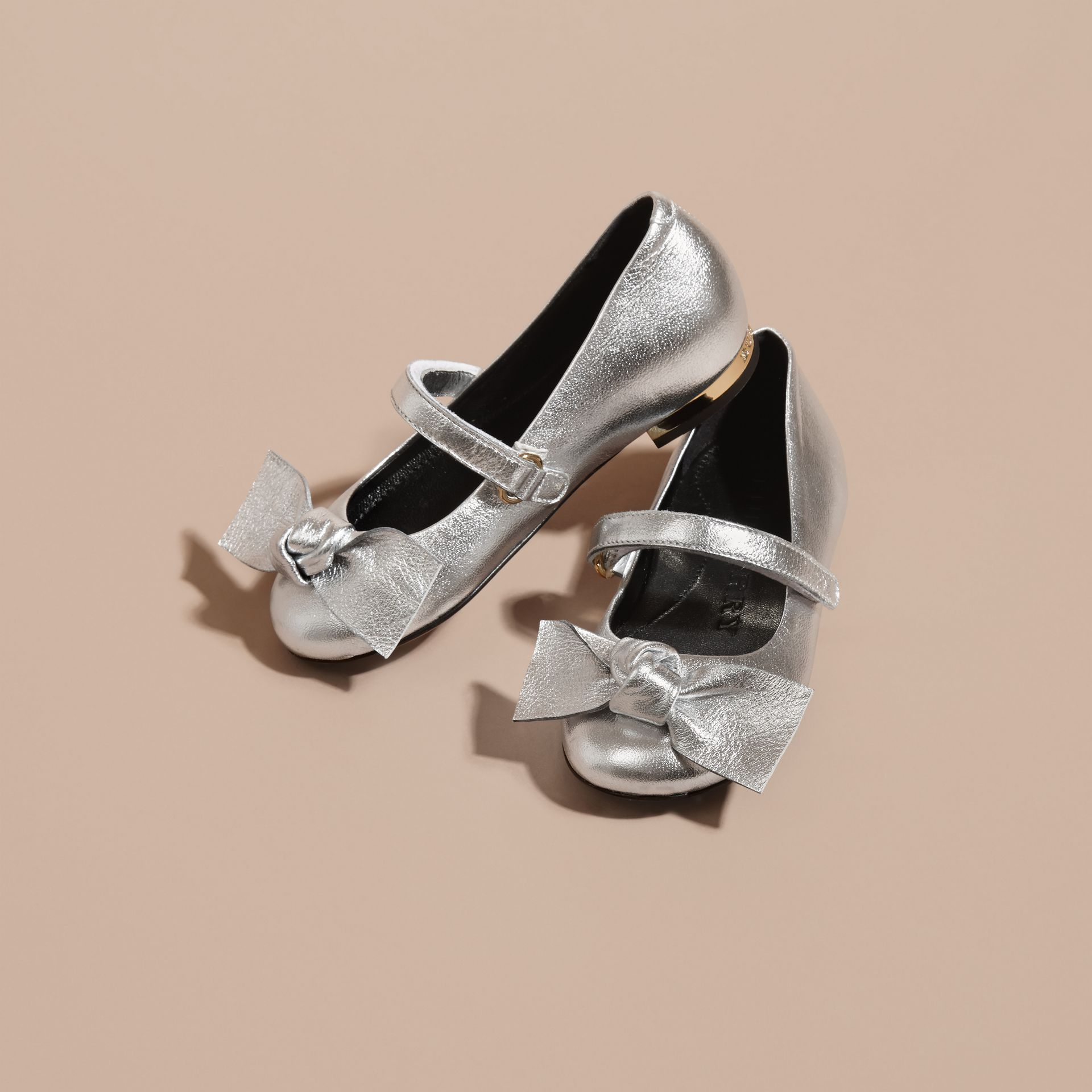Bow Detail Metallic Leather Ballerinas in Silver - gallery image 3