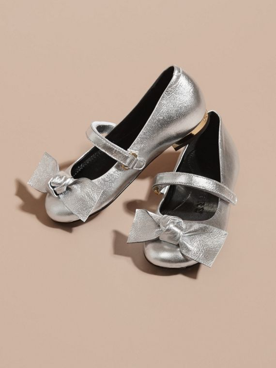 Bow Detail Metallic Leather Ballerinas in Silver - cell image 2