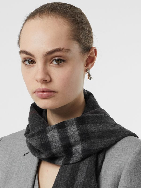 The Classic Check Cashmere Scarf in Charcoal | Burberry Canada - cell image 2
