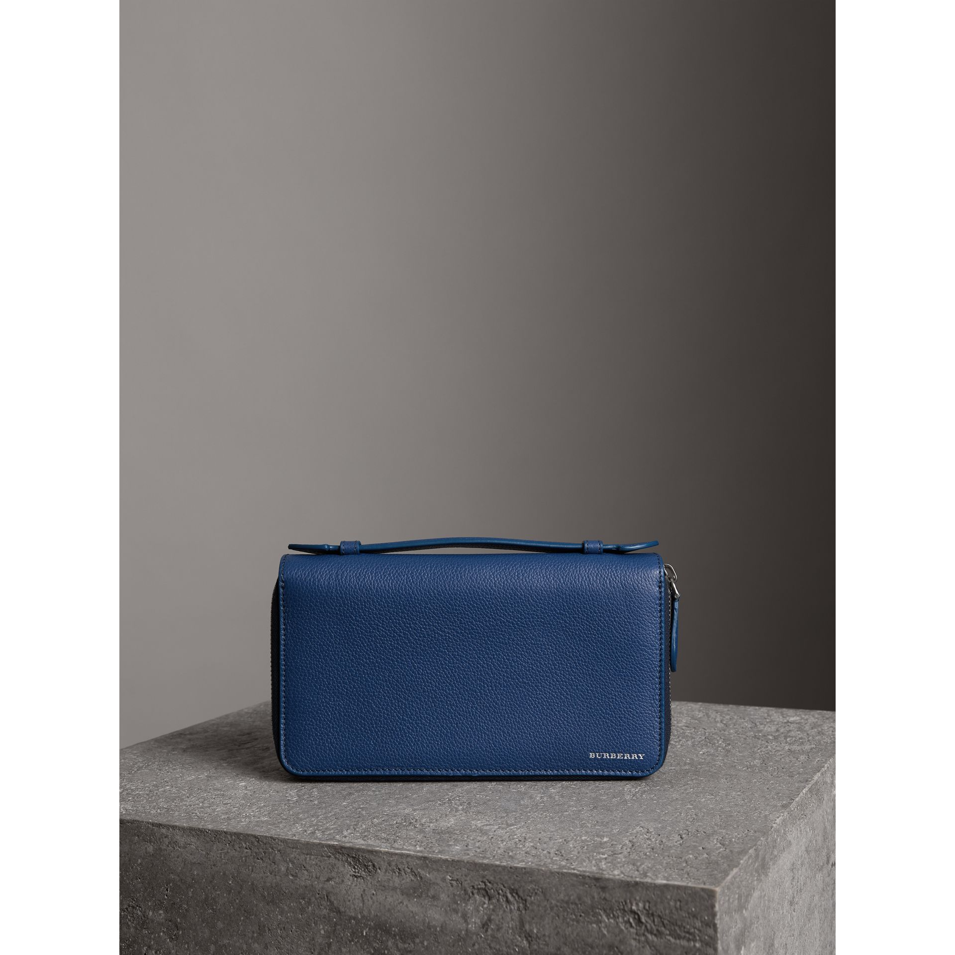 Grainy Leather Travel Wallet in Bright Ultramarine - Men | Burberry Hong Kong - gallery image 4