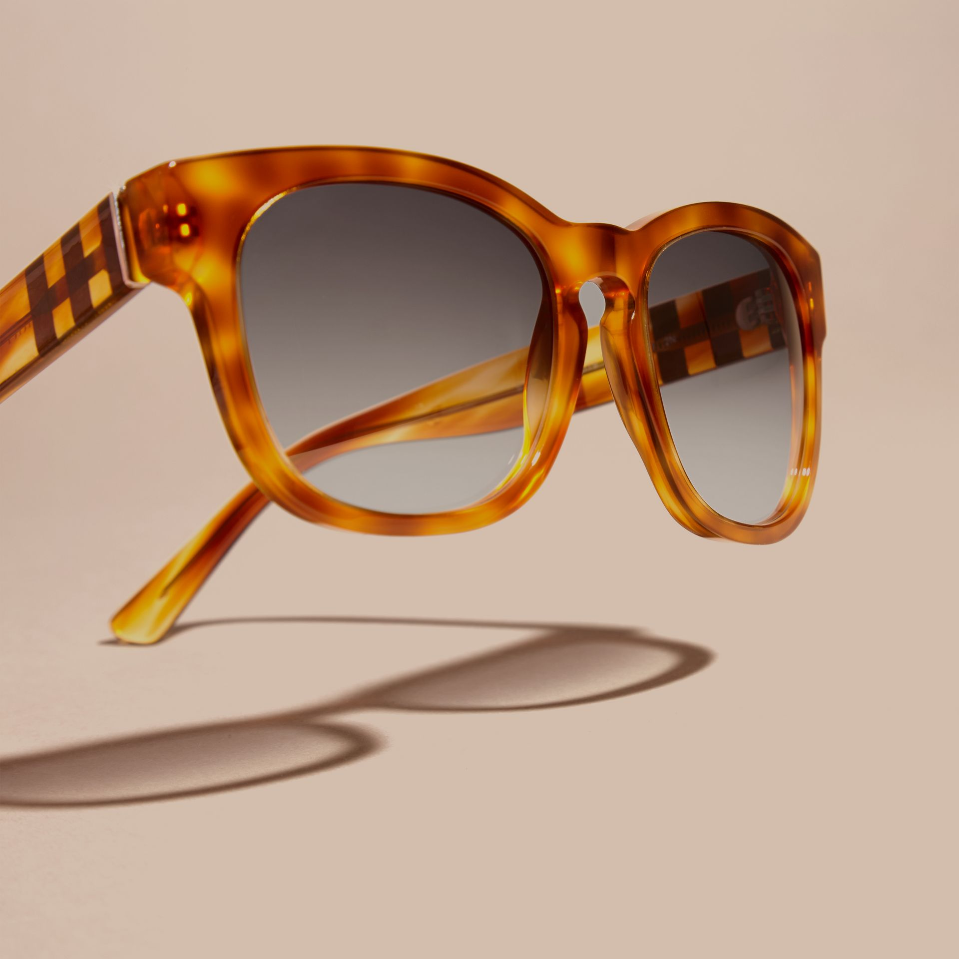 Light russet brown Check Detail Square Frame Sunglasses Light Russet Brown - gallery image 3