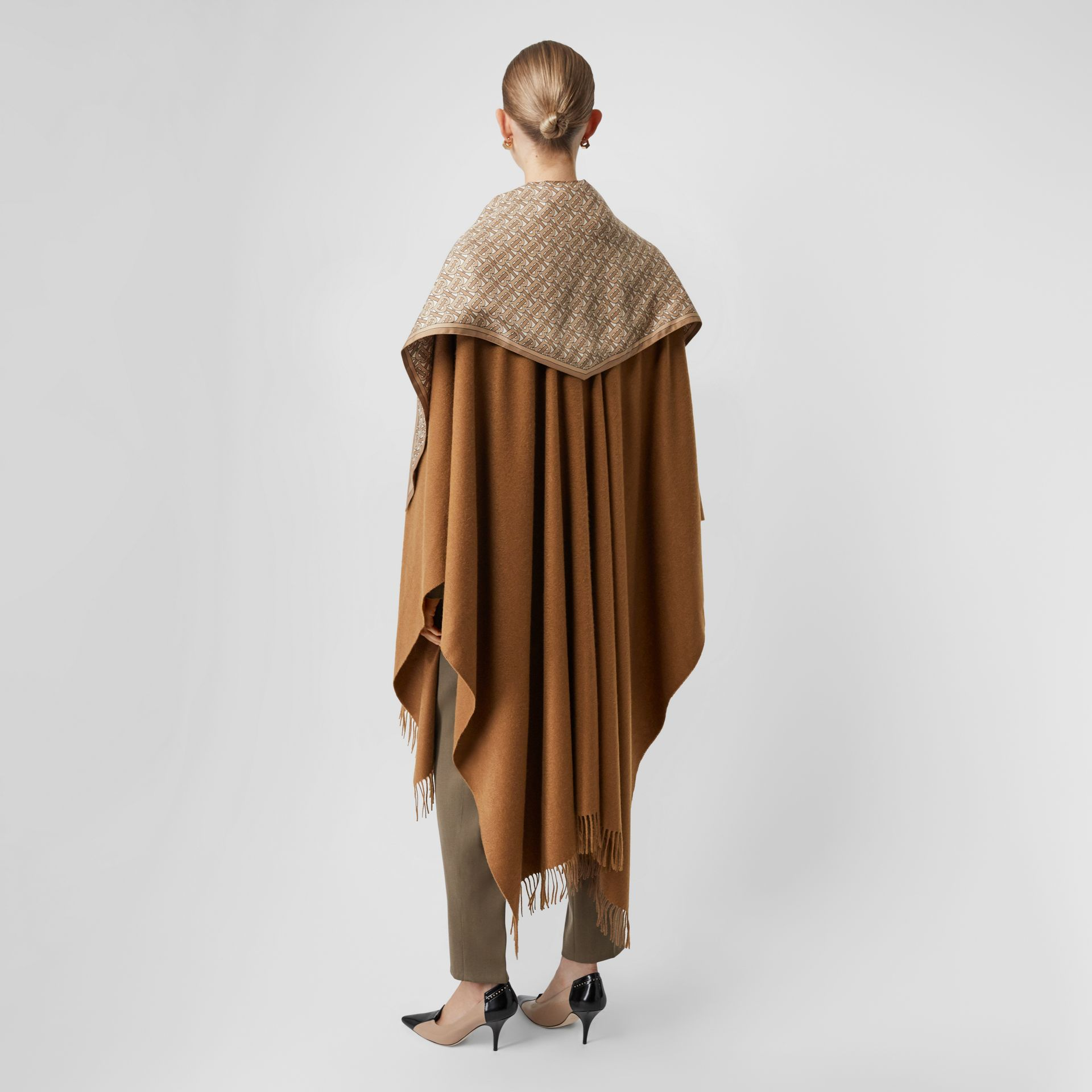 Detachable Monogram Print Scarf Cashmere Cape in Fern - Women | Burberry Canada - gallery image 2