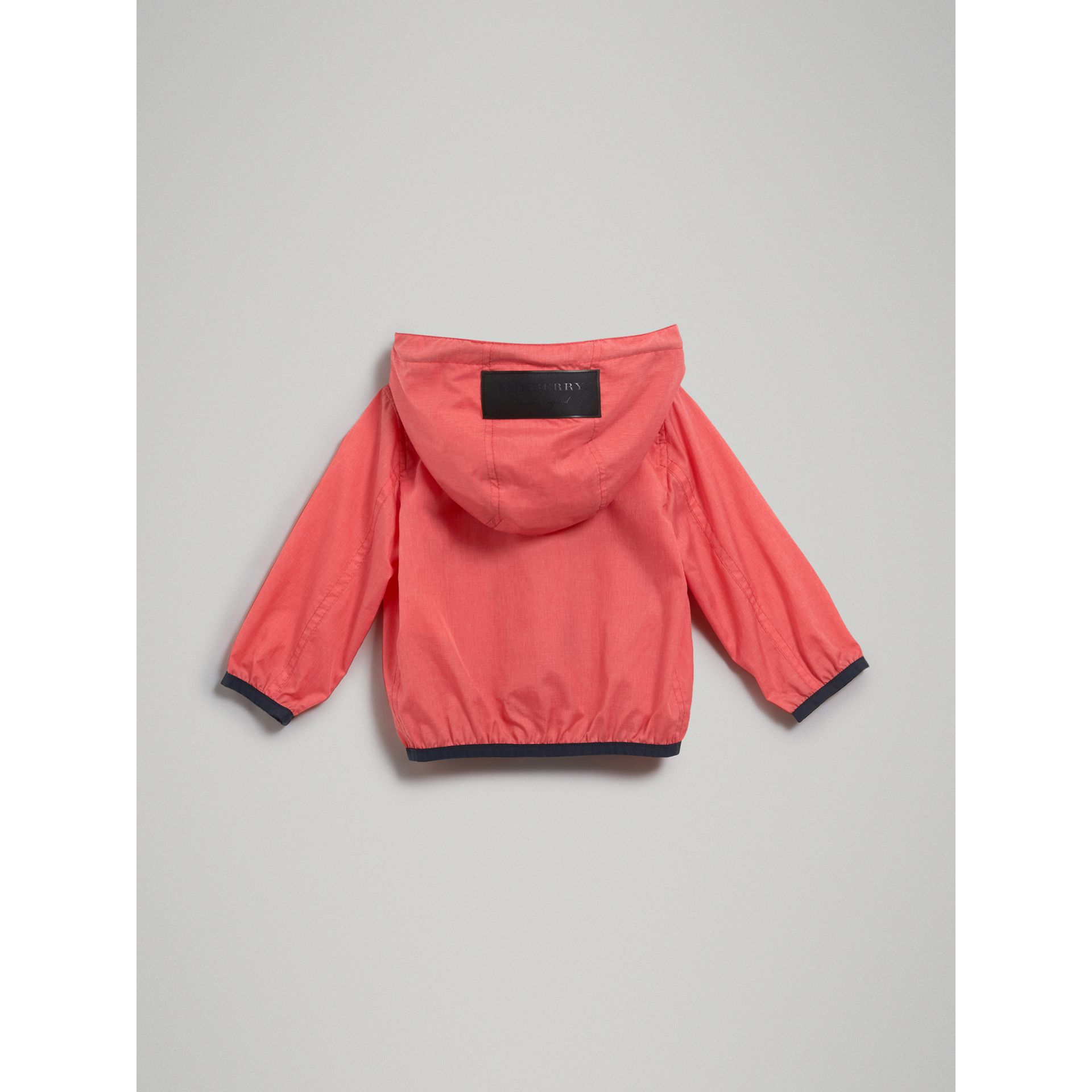Veste à capuche imperméable (Rose Corail Vif) | Burberry - photo de la galerie 3