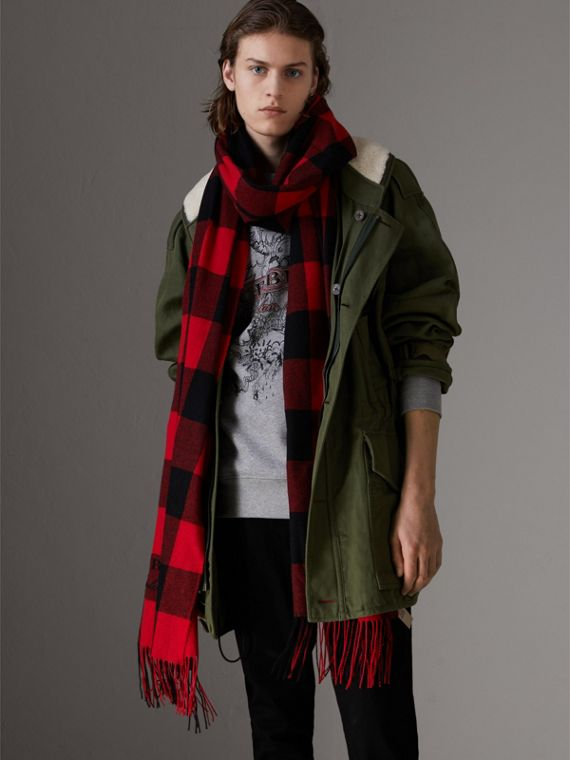 Oversized Gingham Cashmere Wool Scarf in Bright Red - Women | Burberry Australia - cell image 3
