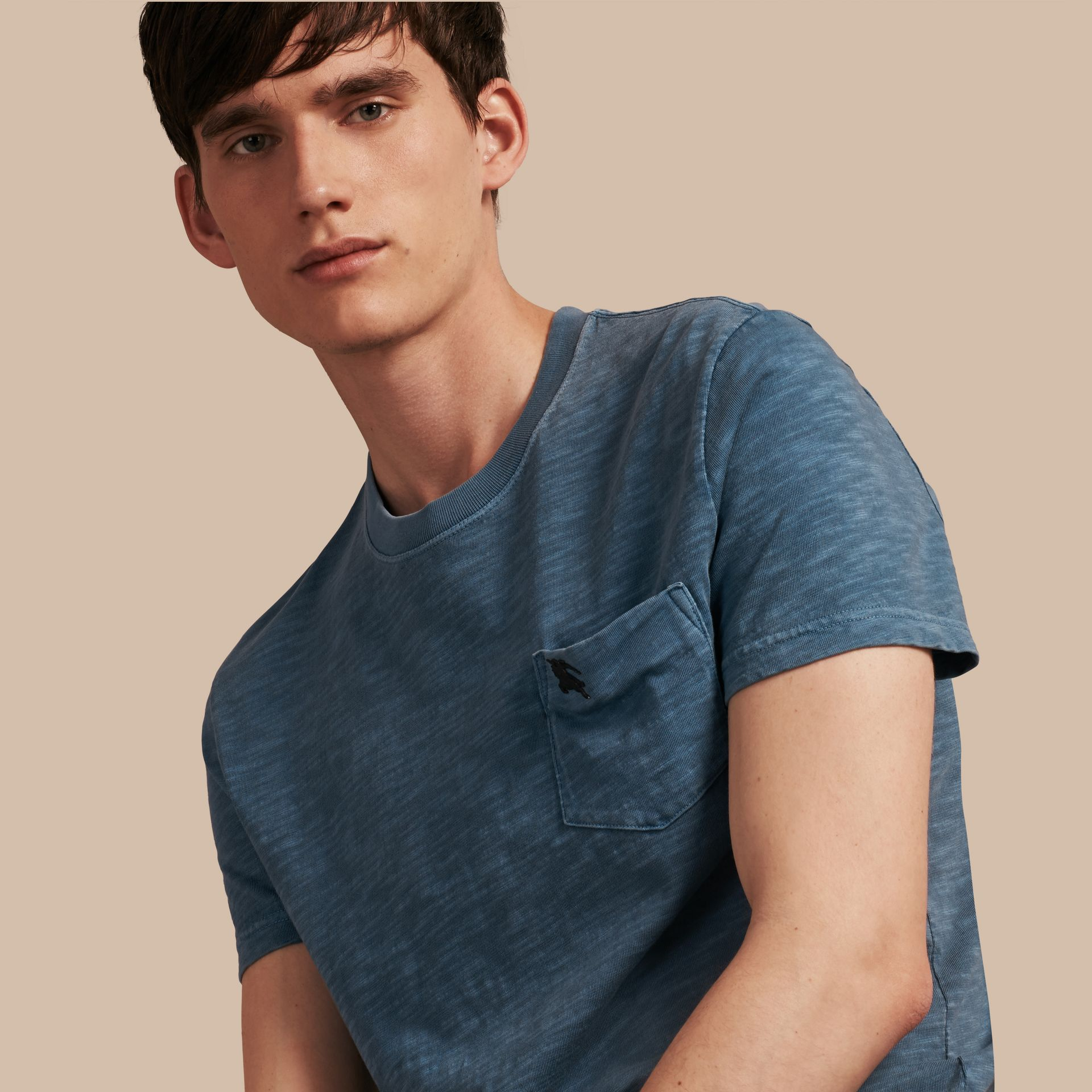 Bleu lupin T-shirt en jersey flammé double teinture Bleu Lupin - photo de la galerie 1