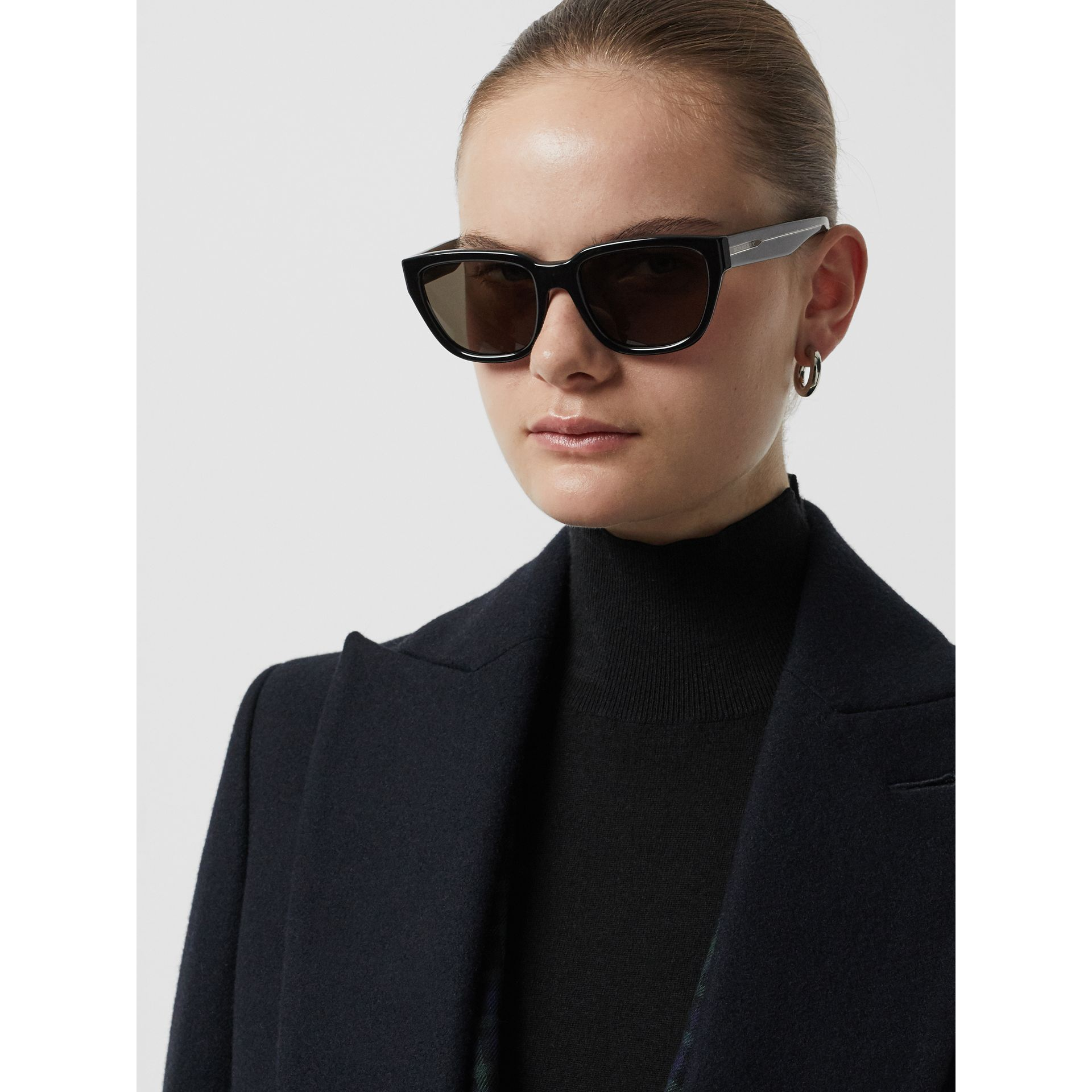 Square Frame Sunglasses in Black - Women | Burberry Australia - gallery image 2