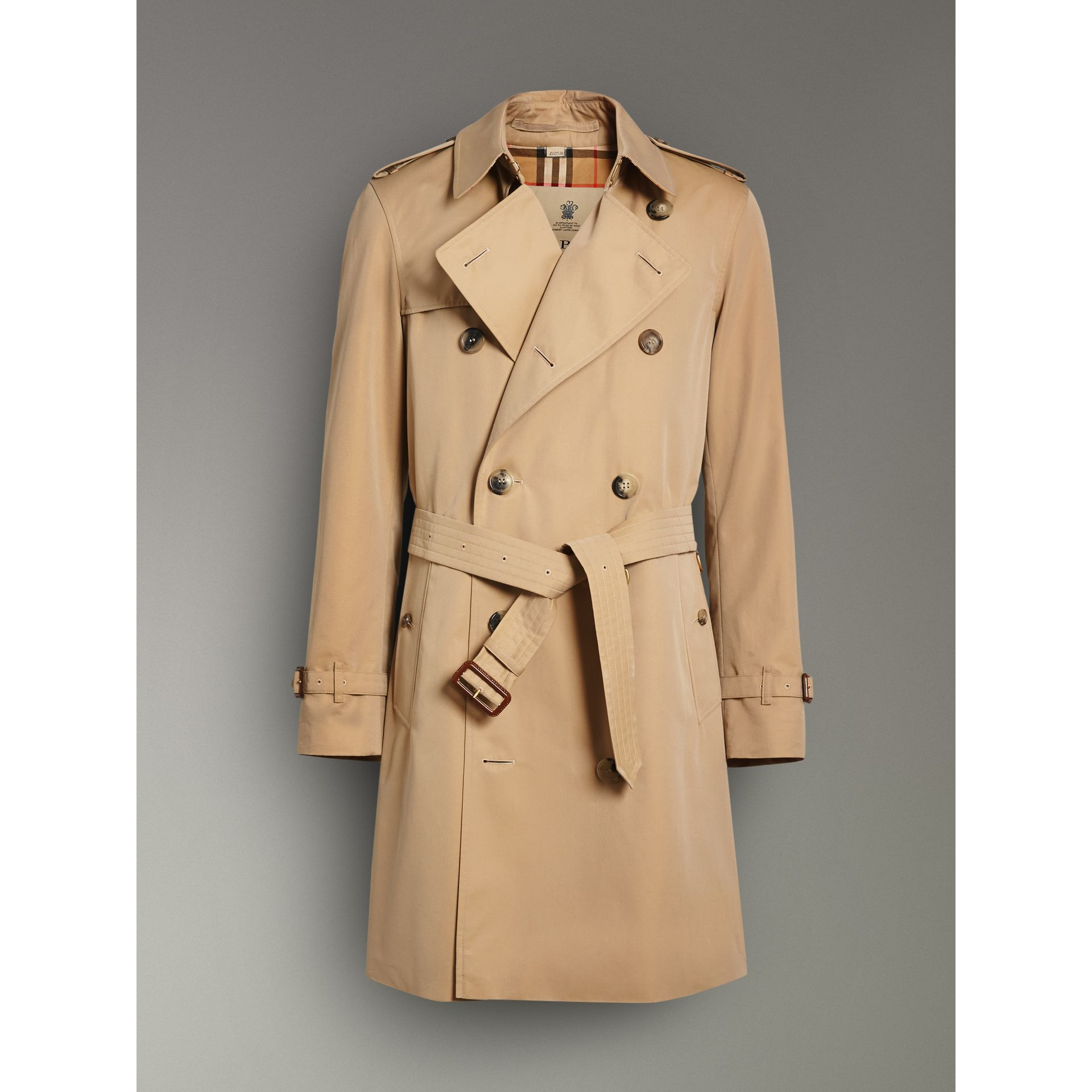 The Chelsea Heritage Trench Coat in Honey - Men | Burberry United Kingdom - gallery image 3