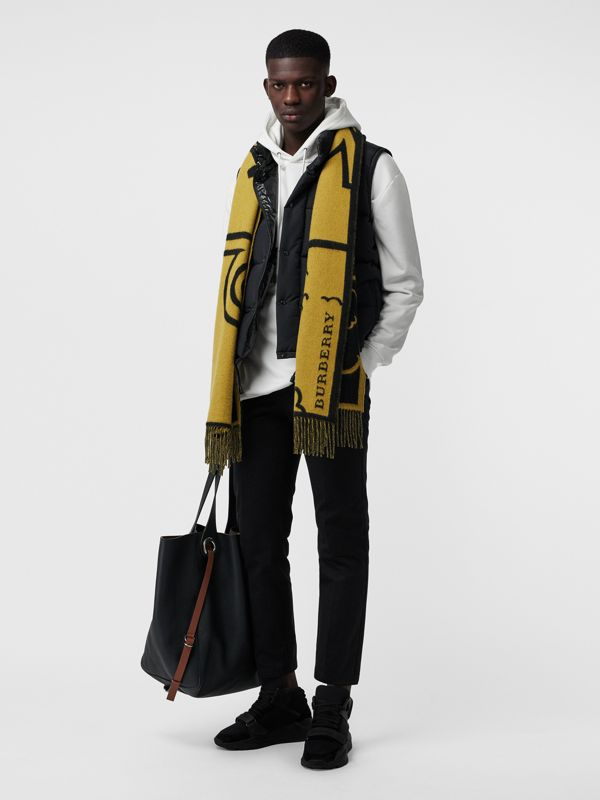 London Street Art Wool Cashmere Jacquard Scarf in Larch Yellow | Burberry United States - cell image 3